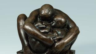 Käthe Kollwitz, Mutter mit zwei Kindern, Guss von 1984, Käthe Kollwitz Museum Köln