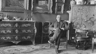 Max Liebermann, umgeben von seiner Sammlung, 1931 Foto: Fritz Eschen: SLUB Dresden / Abt. Deuscthe Fotothek, Fritz Eschen