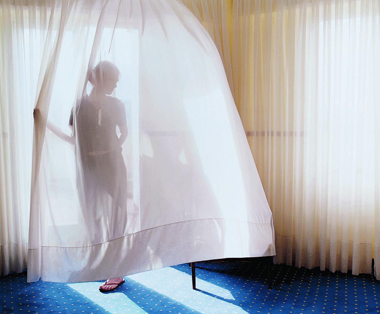 Aino Kannisto, Untitled (Translucent Curtain), 2002, Galerie m Bochum © Aino Kannisto, courtesy: Galerie m Bochum